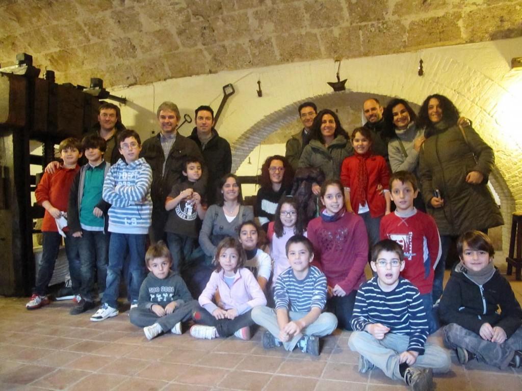 Foto de grupo en el Museo del Paper