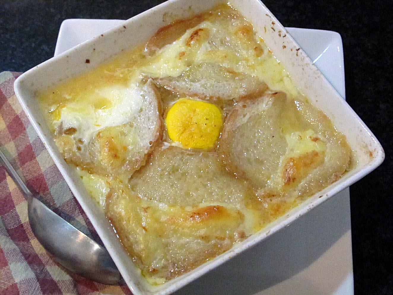 Como hacer sopa de cebolla