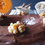 Bizcocho rosca de Calabaza y nueces con glaseado de chocolate