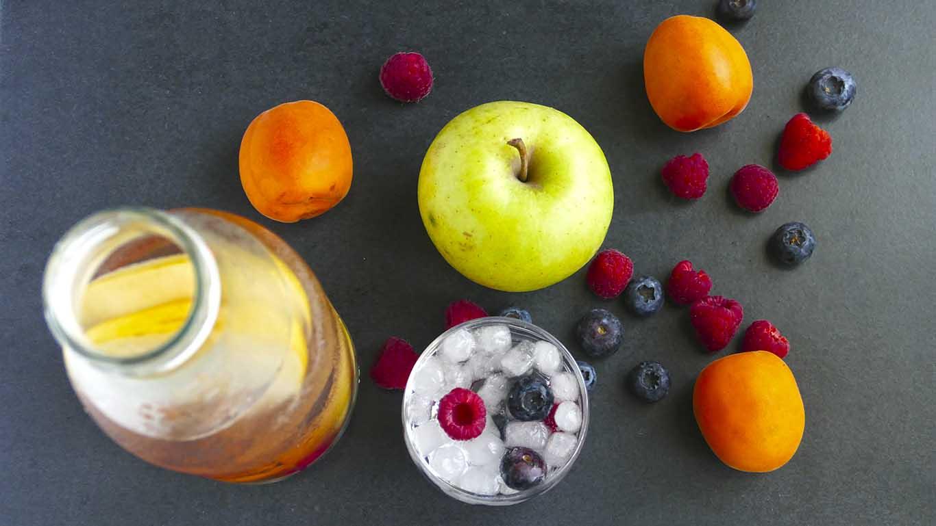 agua aromatizada con frutas